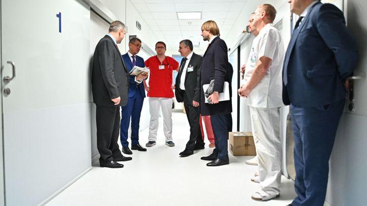 Babiš v Brně nasliboval miliardy. Na novou porodnici i na půjčku zadlužené nemocnici