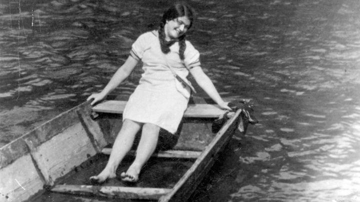 Zamilovala se, už plánovala manželství. Deník končí, když ji zabili nacisté
