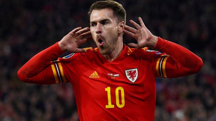 Česko - Wales 2:2. Češi vedli po kuriózní brance, Wales pak potrestal díru v obraně; Zdroj foto: Reuters