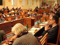 Senát zaplní šedé myši, zaznívá o plánu zavést volební systém inspirovaný Austrálií