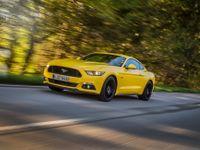 Nevíte, jakou barvu auta zvolit? Vyhněte se zlaté a kupujte žlutou, říká analýza