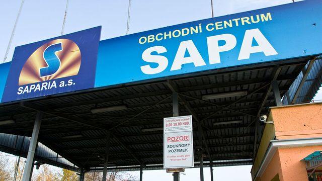 fc92b5163f5 Veterináři zajistili v nelegálním skladě v Sapě 35 tun potravin ...