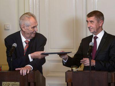 Živě: Pokud mě nezvolí prezidentem, 101 hlasů od Babiše vyžadovat nebudu, otočil Zeman
