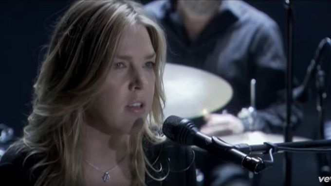 Diana Krall - Fly Me To The Moon (