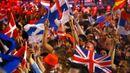 Soutěž Eurovize se koná každý rok a patří k nejsledovanějším televizním přehlídkám populární hudby v Evropě. Loni vítězství rakouského travesti zpěváka Thomase Neuwirtha, vystupujícího pod uměleckým jménem Conchita Wurst, sledovalo asi 180 milionů televizních diváků v 45 zemích.