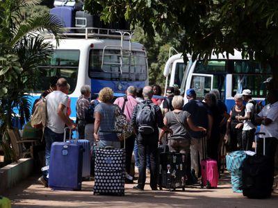 V Gambii jsou desítky českých turistů. Odjeďte, situace je nepředvídatelná, varuje ministerstvo