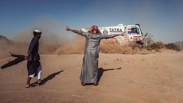 Návrat do Arábie, Podomolovy pády i české úspěchy. Tak začala Rallye Dakar