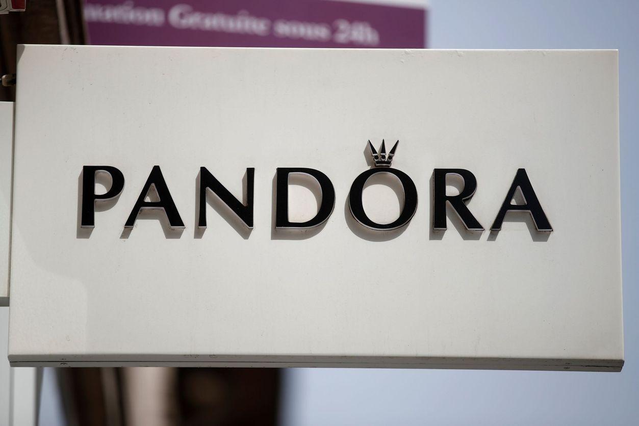d98e9d1dcc2 Pandora logo ilustrační - Aktuálně.cz