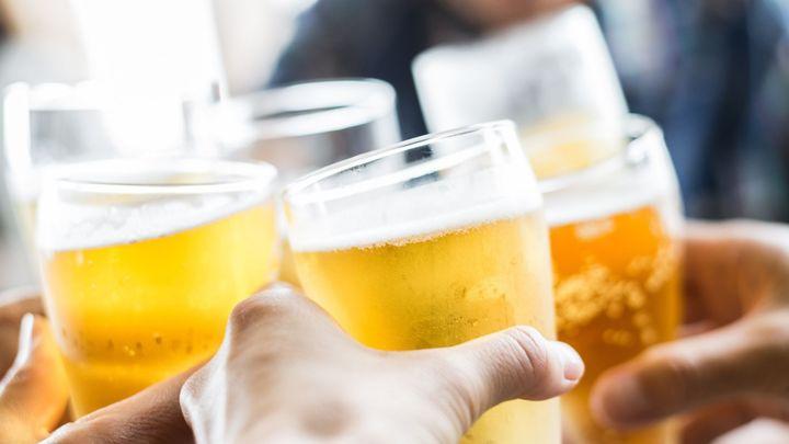 """Pivovary naskakují na trend z USA: """"Pivní"""" hit letošního léta se jmenuje hard seltzer; Zdroj foto: iStock"""