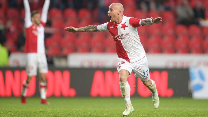 Slavia postoupila do finále domácího poháru, opět se trefil Stoch