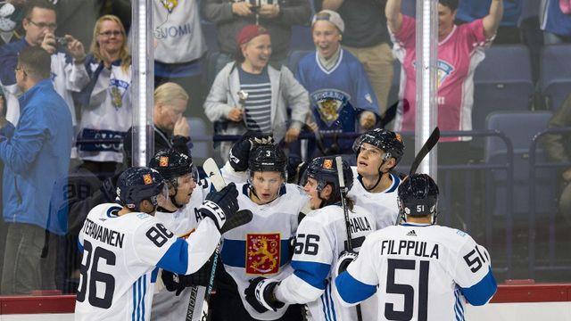 6c1f996a92b51 Finové v severském derby přetlačili v prodloužení Švédy, rozhodl obránce  Määttä