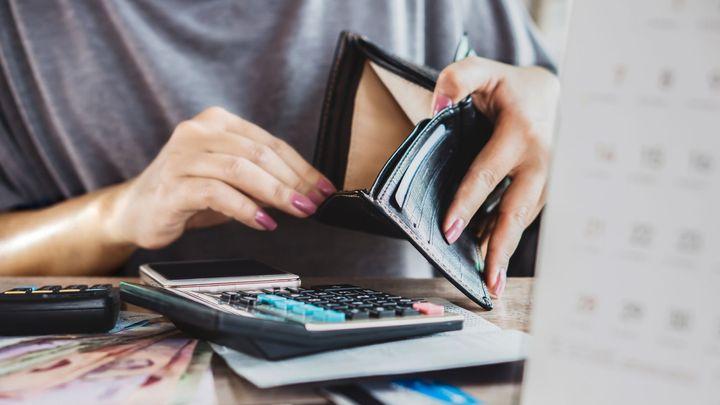 Mzdy rostou i v krizi. Průměrná se blíží čtyřicítce, rychleji dostávají přidáno žen