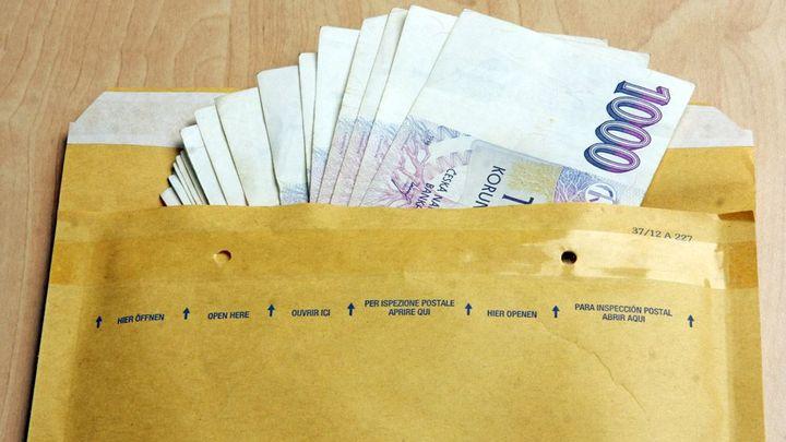 Banky slibují tisíce za půjčky. Víme, kdy je nedostanete