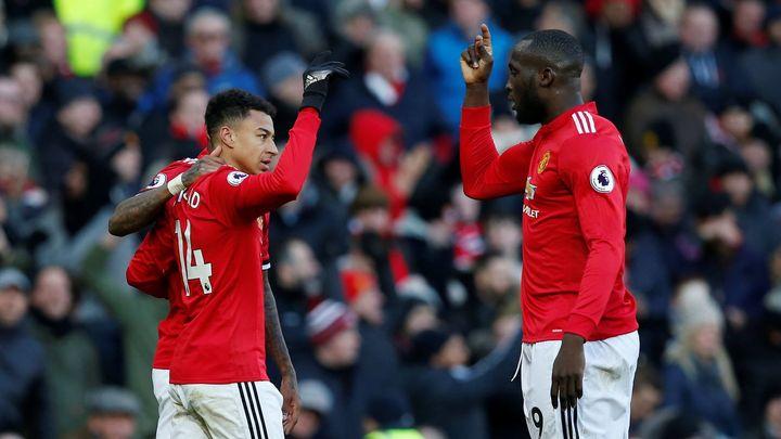 Manchester United otočil šlágr proti Chelsea, Tottenhamu vystřelil těsnou výhru Kane