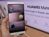 Huawei je pro Česko hrozbou, varuje úřad. Data z mobilů mohou mířit rovnou do Pekingu