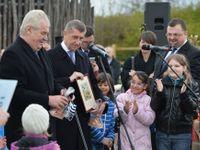 Právě jsem se vrátil z Čapího hnízda. Babiš zahájil návštěvu Olomoucka debatou s voliči