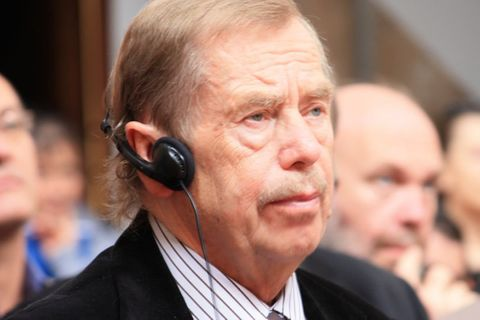 Václav Havel in Guardian: Europe must stand together
