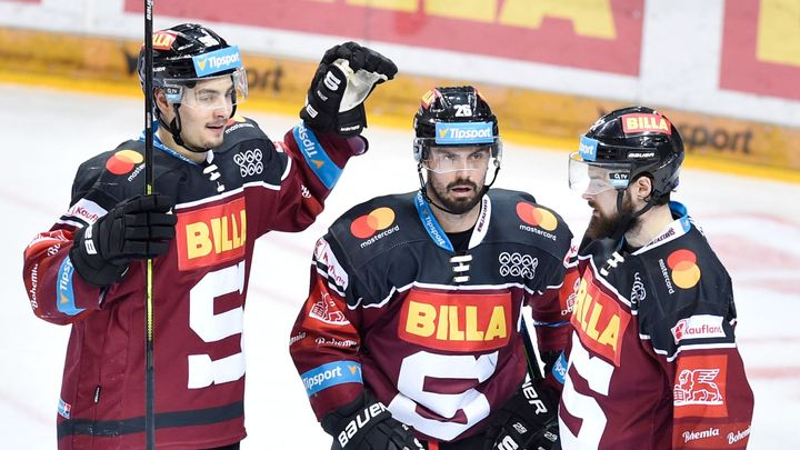 Hokejovou reprezentaci zatím doplní pět poražených semifinalistů