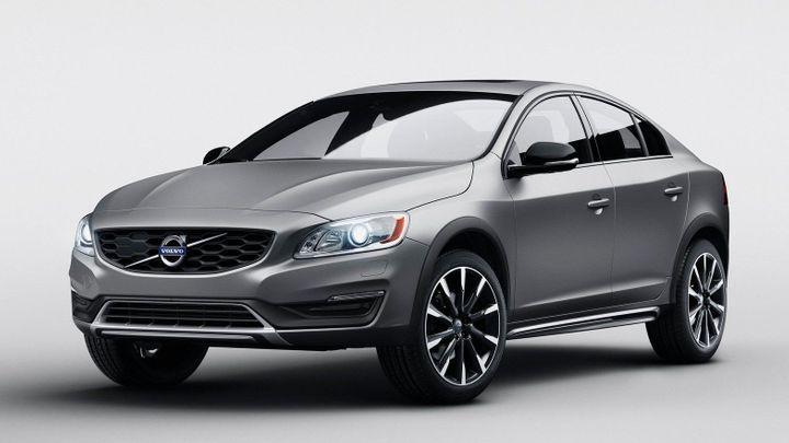 Volvo zakládá další segment: Nabídne terénní sedan S60