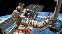 Odborník: ISS spojuje národy. V kosmu se lidé musí domluvit bez podrazů, jinak nepřežijí