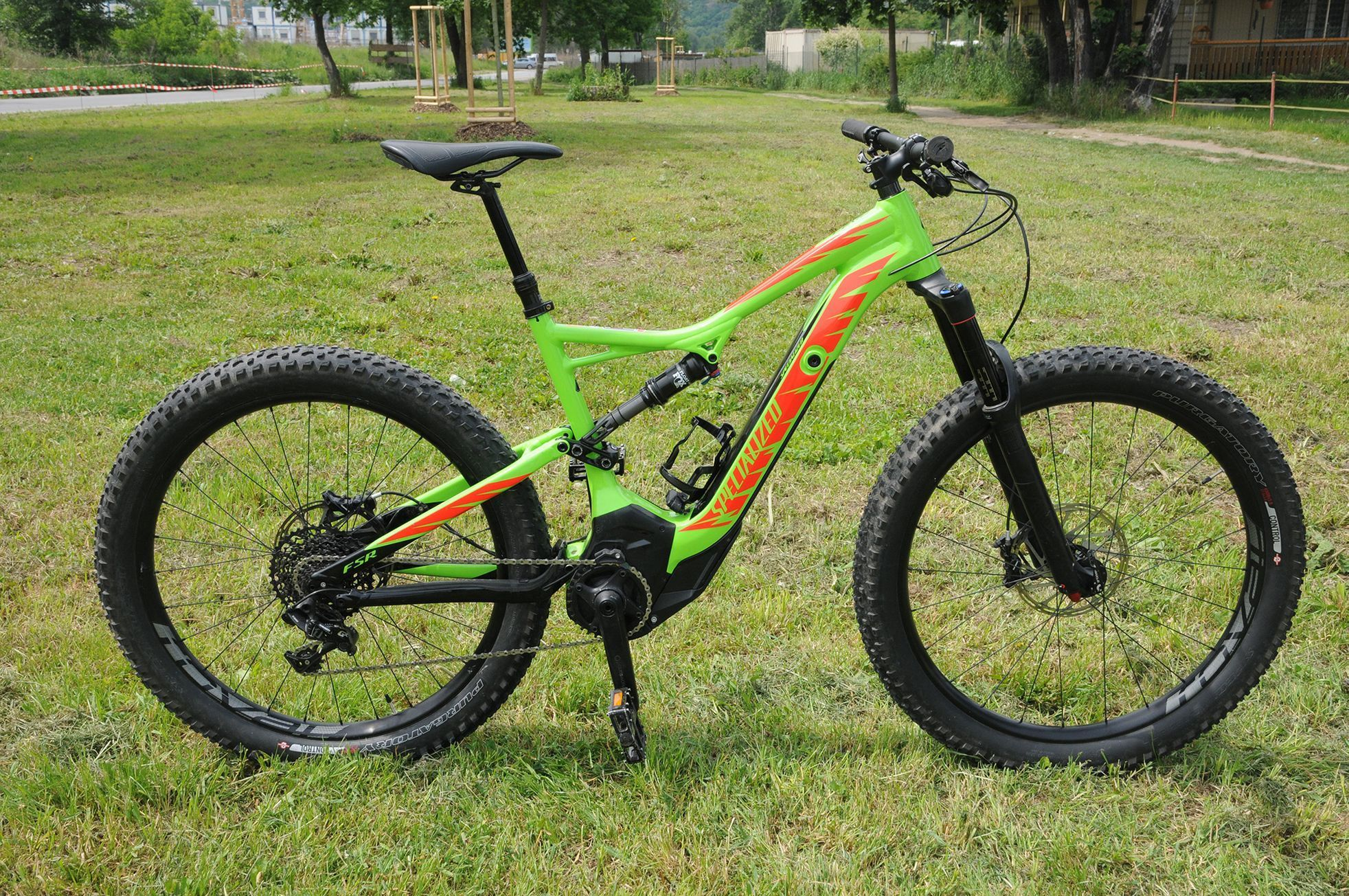 Test elektrokol: Specialized Turbo Levo FSR Comp CE 6Fattie