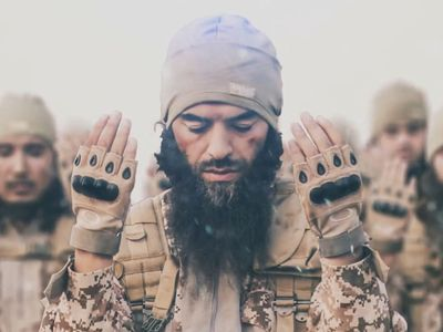 Do každé bitvy aspoň dva kameramany. Radikální islamisté sázejí na propagandu na internetu