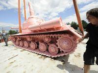 David Černý: Kdybych sovětský tank přemaloval dnes, dostal bych pět let natvrdo a národ by tleskal