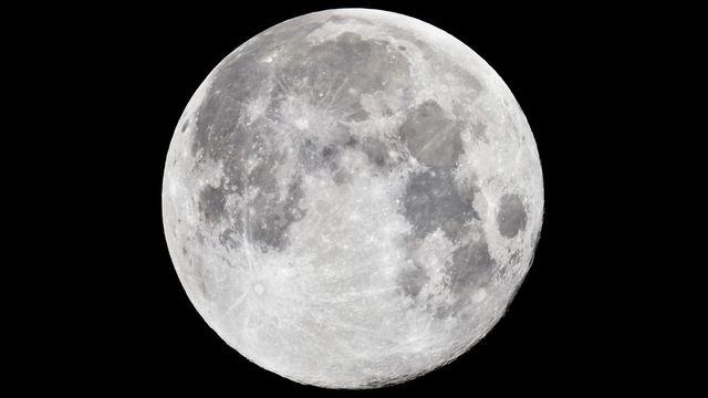c5cbde6770f Tak velký a jasný Měsíc jsme neviděli 68 let