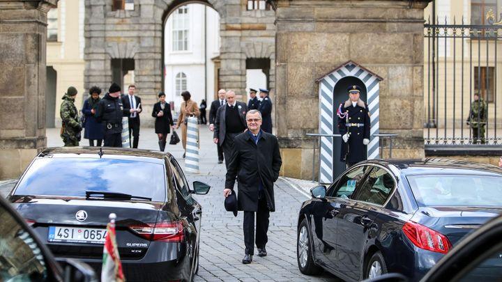 Živě: Poradce Zemana jsem na Hradě neviděl, ruských a čínských agentů tam bylo dost, řekl Kalousek