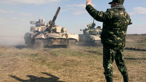 Nemáme na to, abychom se sami Rusku ubránili. Ukrajina taky ne.