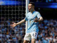 Manchester City zvládl pomstu za vyřazení z Ligy mistrů a v Anglii znovu vede