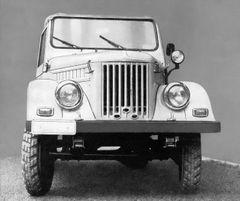 ARO M461 bylo velmi podobné sovětskému modelu GAZ 69.