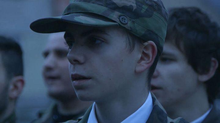 Děti se zbraněmi. Slovenští branci zrcadlí společnost, jsou černý květ na hromadě hnoje, říká Gebert