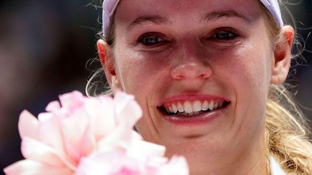 Serena v šoku, slzavé loučení Wozniacké a dominantní Kvitová. Tak pokračuje Melbourne