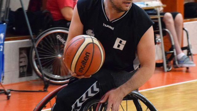Přijďte na brněnský Podzimní turnaj. Můžete si vyzkoušet basketbal ... b37ca8513f