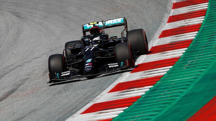 Kvalifikaci F1 v Rakousku ovládl Bottas před Hamiltonem, vozy Ferrari propadly