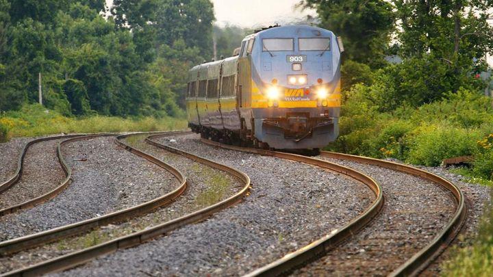 Vlakové jízdní řády se od neděle změní, ceny zůstanou