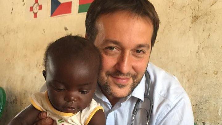 V Malawi žijí jako ve středověku, děti jsou podvyživené, díky nám jich umírá míň, říká Maďar