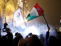 """Orbán narazil, Maďary rozdělil """"zákon o otroctví"""". Opozičního poslance vyvedli z televize"""