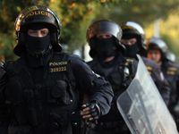 Česká policie mi nepomáhá a nechrání mě, stěžuje si Brit. Půl roku ho v Praze šikanuje jiný muž