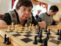 Babiš sestřelí důchodový strop ve věku 65 let. Nová pravidla pro odchod do penze jdou do vlády