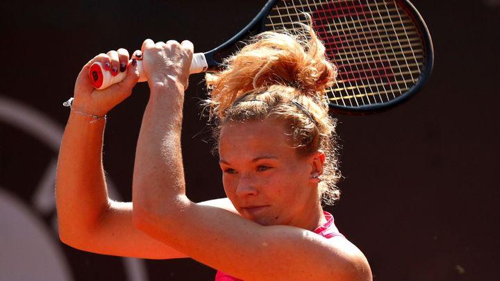 Siniaková zázračně otočila téměř prohraný zápas, Vondroušová si poradila i s fanoušky; Zdroj foto: Reuters