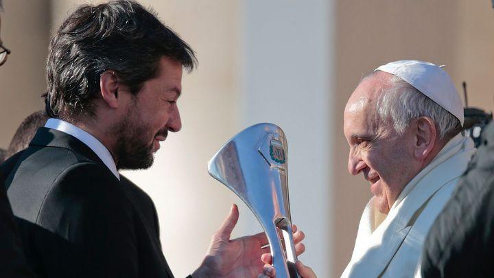 Varujte papeže, finále Ligy mistrů ohrožuje jeho život. František se za Liverpool asi modlit nebude