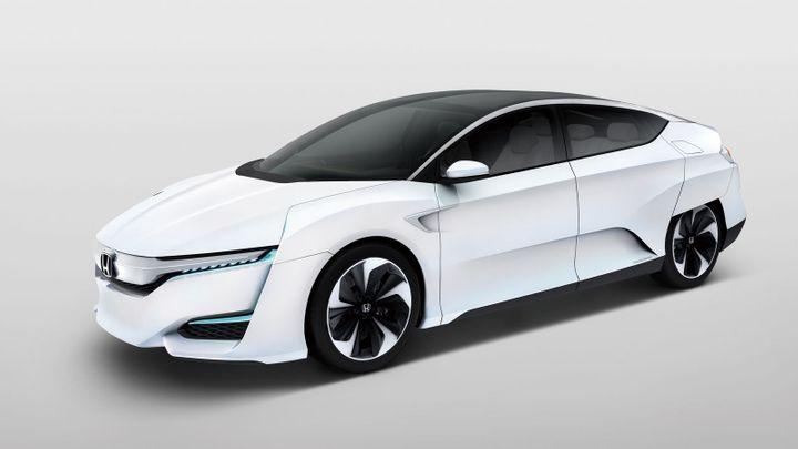 Nové vodíkové auto od Hondy poslouží i jako elektrárna