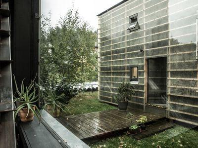 Dům u Liberce za cenu bytu. Staví se jako stavebnice, lidé proti němu sepsali petici