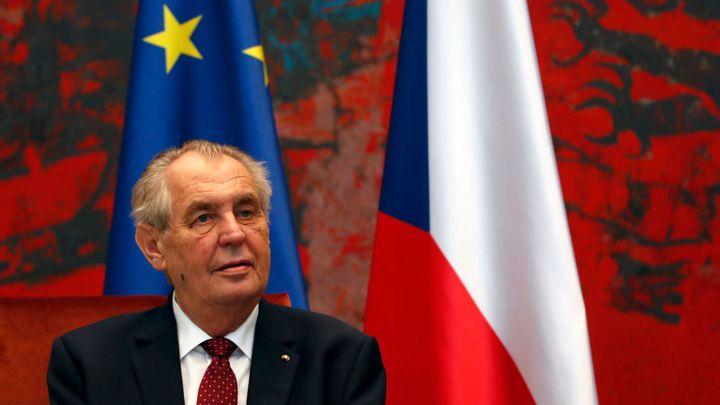 Kosovo po Zemanově kritice zrušilo účast na summitu v Praze