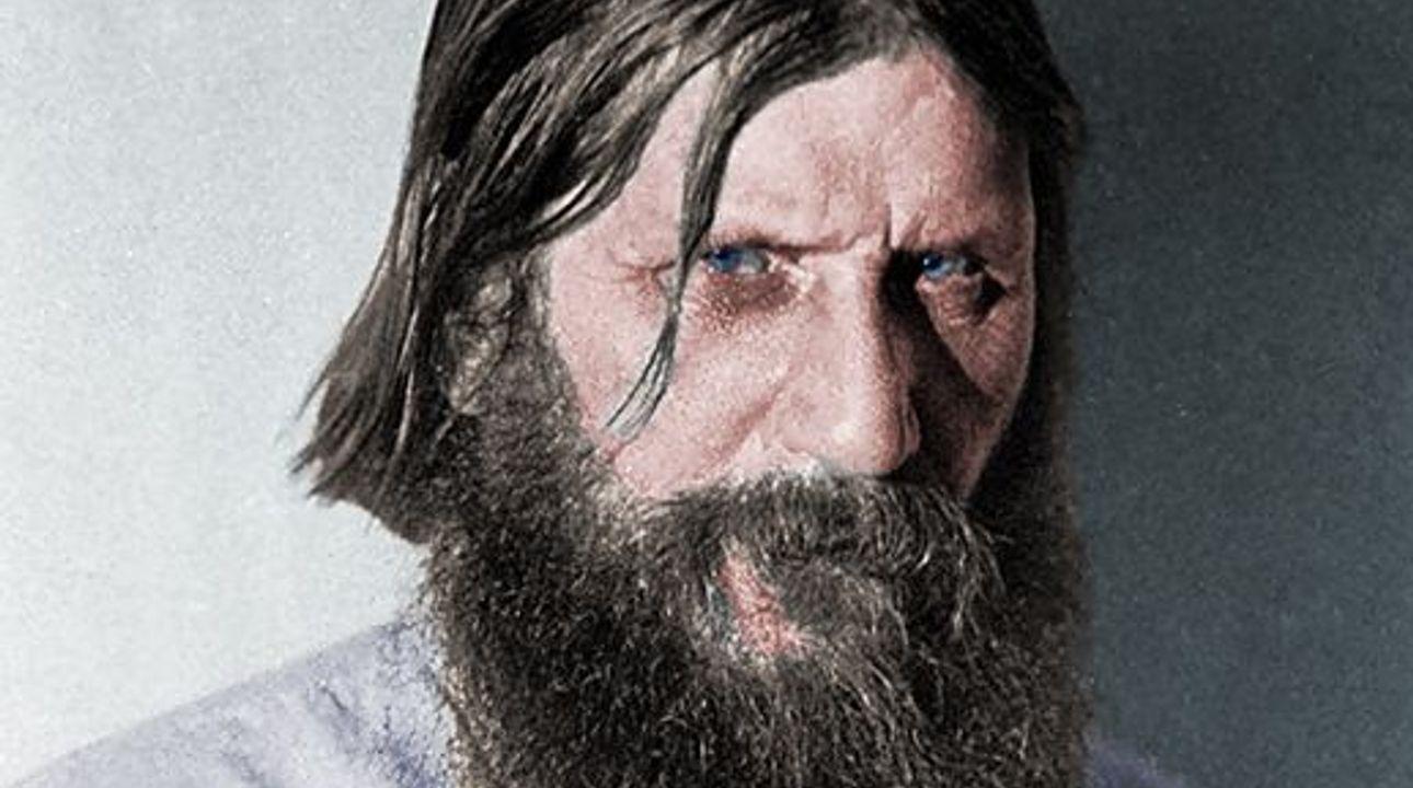 """""""Viděl jsem Rusko v moři krve."""" Před 150 lety se narodil Rasputin, ruský mystik s ďábelským pohledem"""