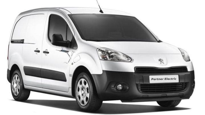 Peugeot a Citroën sníží počet modelů téměř na polovinu