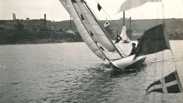 V březnu 1918 vznikl první skautský oddíl, který začal cíleně dětem předkládat skauting ve spojení s vodáctvím.