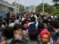 Živě: Berlín a Brusel kvůli uprchlické krizi zvažují solidární daň, píše německý list